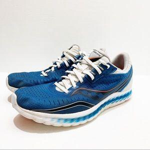 SAUCONY   Kinvara 11 Shoes